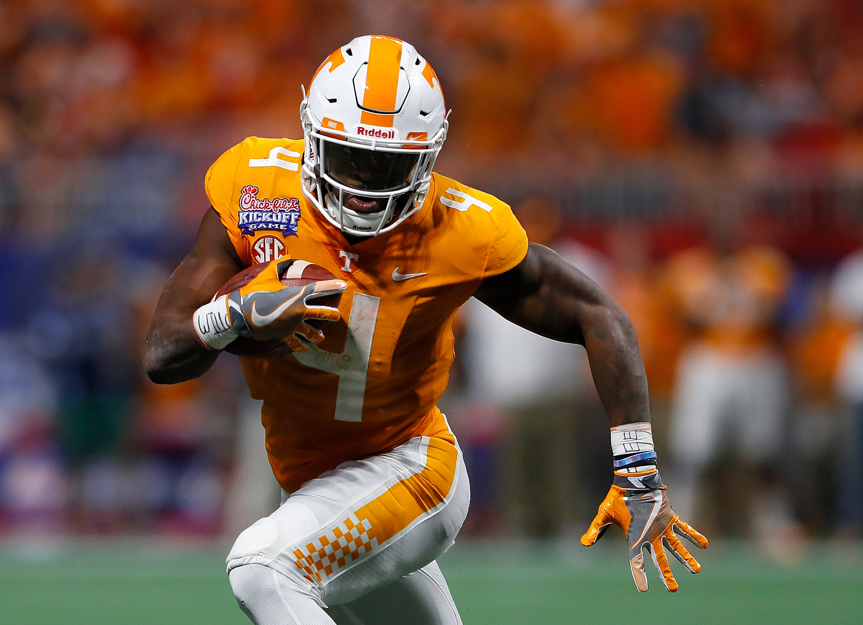 #25/21 Tennessee Vols beat Indiana State at home, 42-7